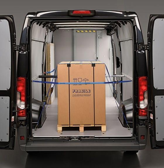 Sicurezza del carico furgoni, ganci e cinghie per bloccaggio merce
