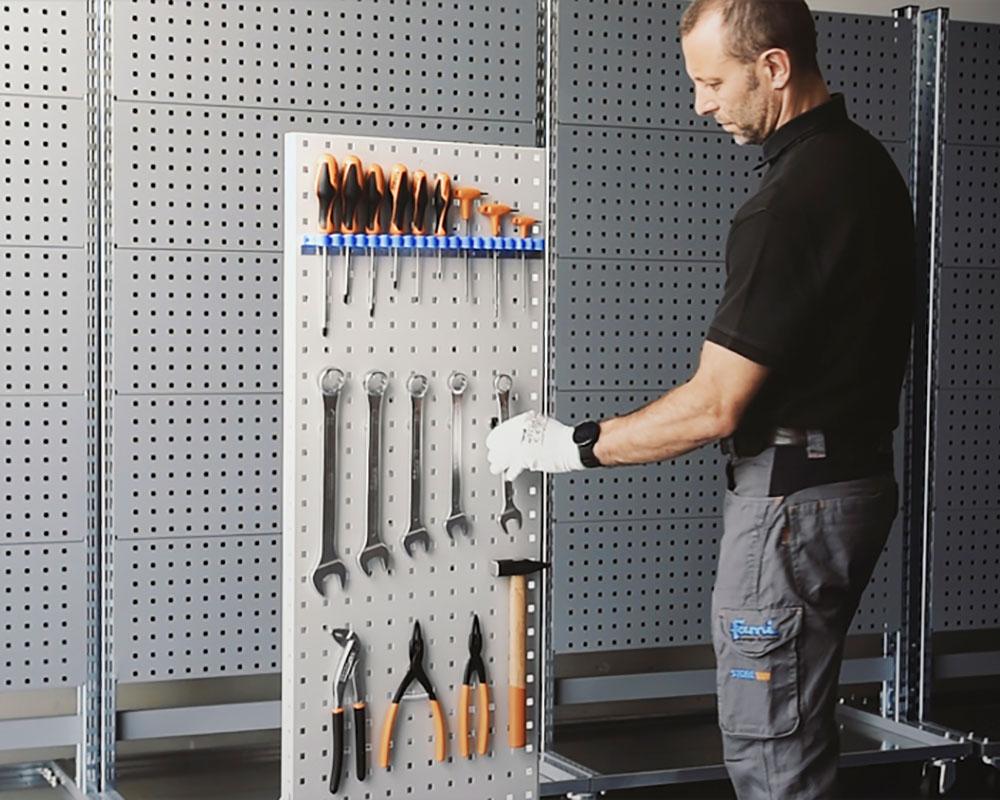 Panel perforado en acero adaptable a las diferentes necesidades de la empresa