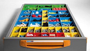 Divisori per valigie e cassettiere per furgoni
