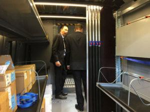 Allestimento furgoni con mensole porta pacchi