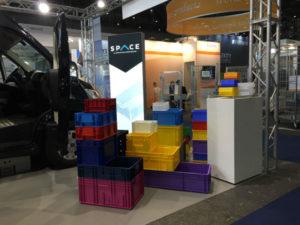 Contenitori in plastica per allestimento furgoni