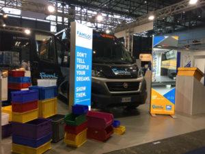 Contenitori per la logistica e allestimento furgoni alla fiera POST-EXPO 2017