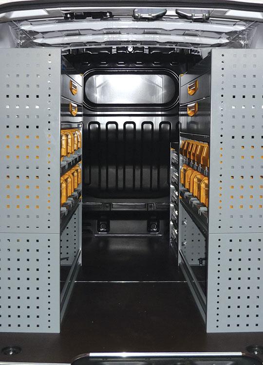 Allestimento furgoni NV200
