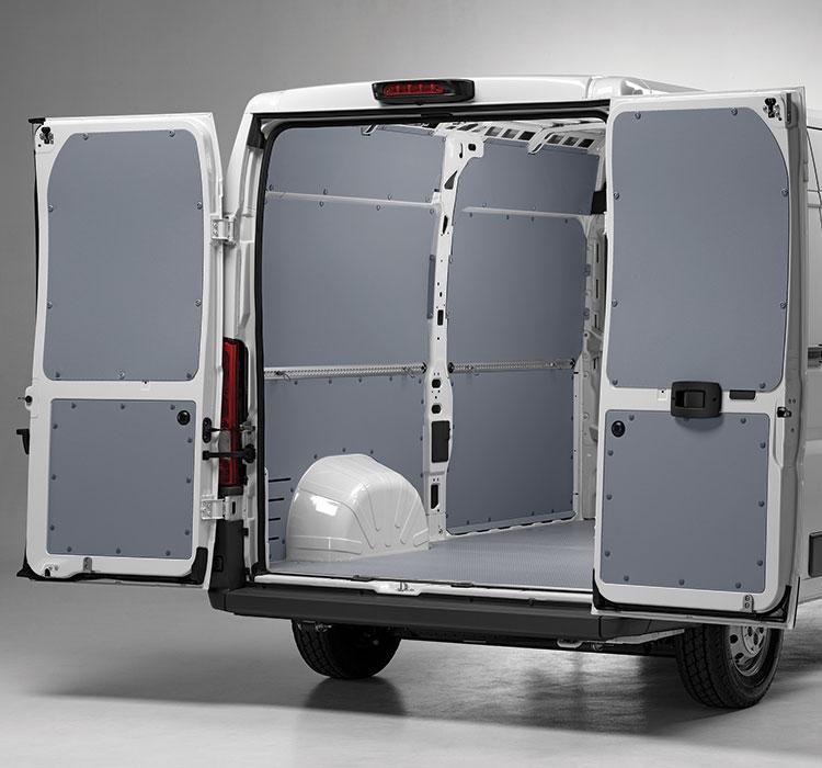 Pannelli laterali per il rivestimento interno del furgone