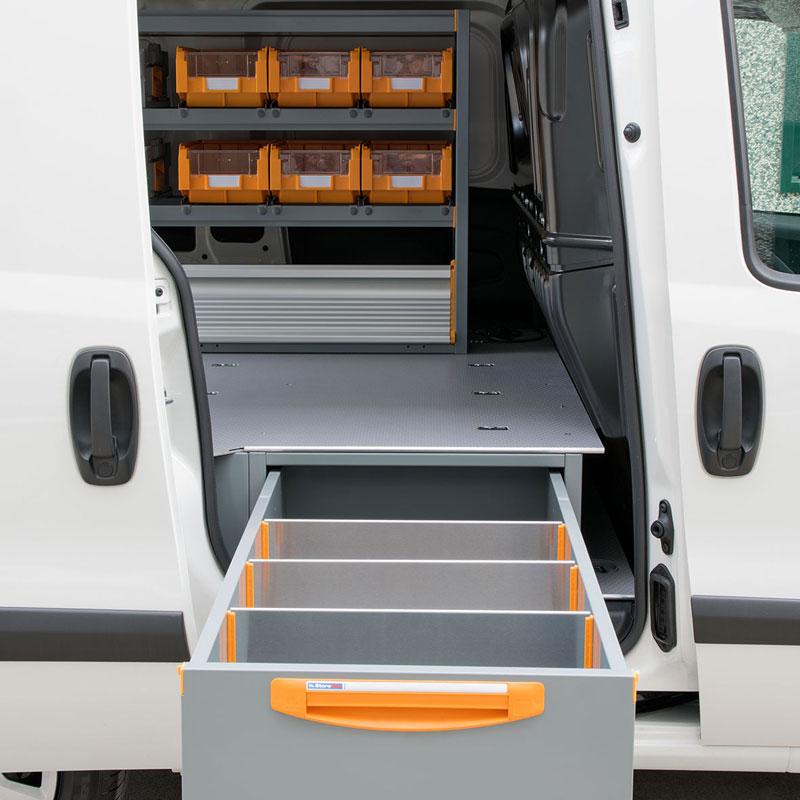apertura-cassettiera-sotto-pavimento-furgone