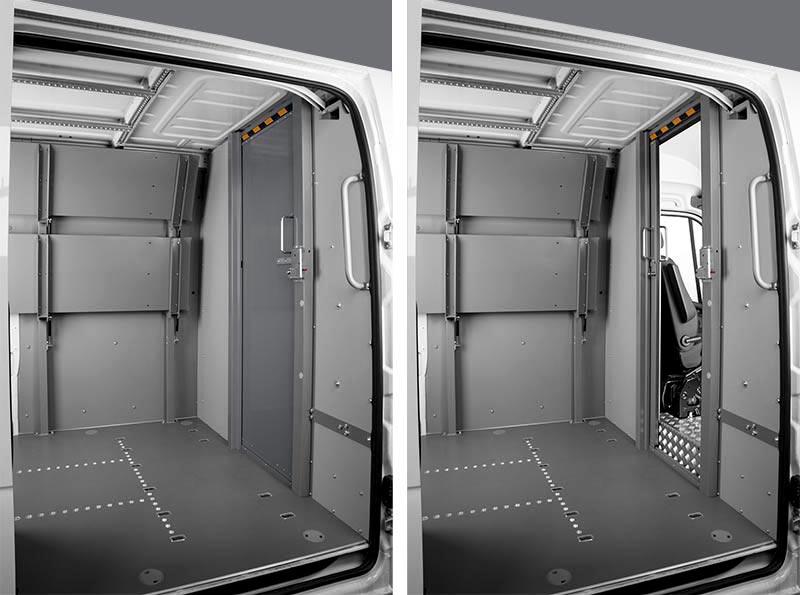 Paratia divisoria con porta scorrevole per furgone